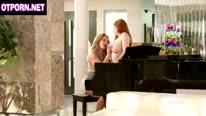 Зрелые грудастые лесбиянки Veronica Vain и Eva Notty 1